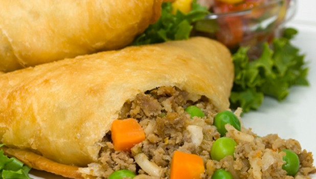 SAMOSAS – Veggie or Chicken